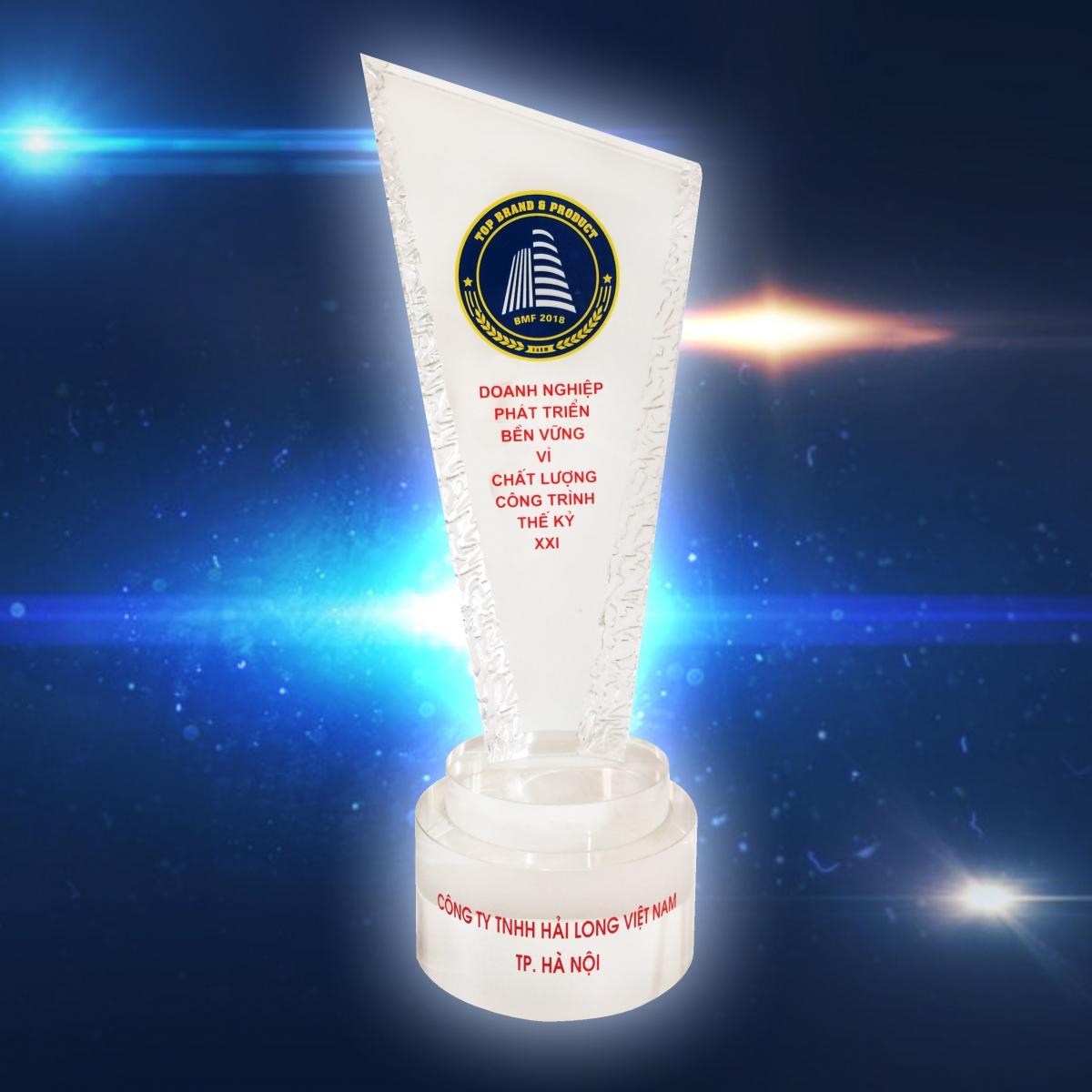 Hải Long Tiles nhận danh hiệu BMF 2018