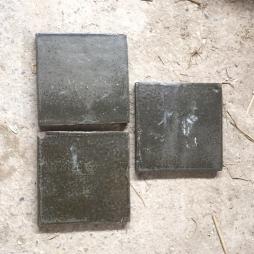 Gạch lát nền men rêu cổ 200x200x15 mm
