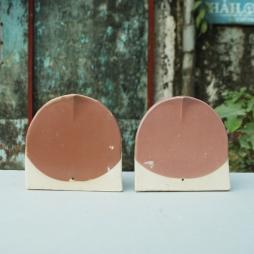 Ngói Mũi hài 150 tráng men Cam đất và Hồng Sakura