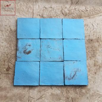 Gach thu cong Dia Trung Hai mau xanh sky - Gom su xay dung Bat Trang